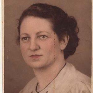 Consuelo Garcia Perez Abuela de Gloria